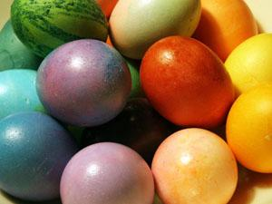 Velika noč 2013 in barvanje jajc - kuharski recepti